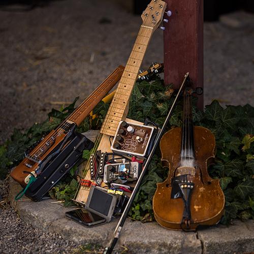 Il Plonner Dorf-Gasthof Wessling Musikinstrumente
